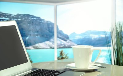 What Is a Digital Nomad And Should You Become One?