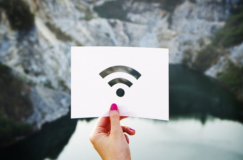 Internet Abroad: 7 Strategies That Boost Your Connection While Traveling
