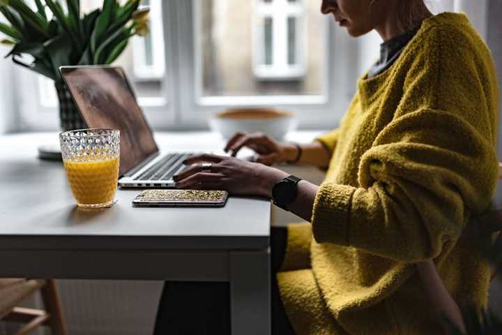 How to Save Money with a Work-From-Home Job