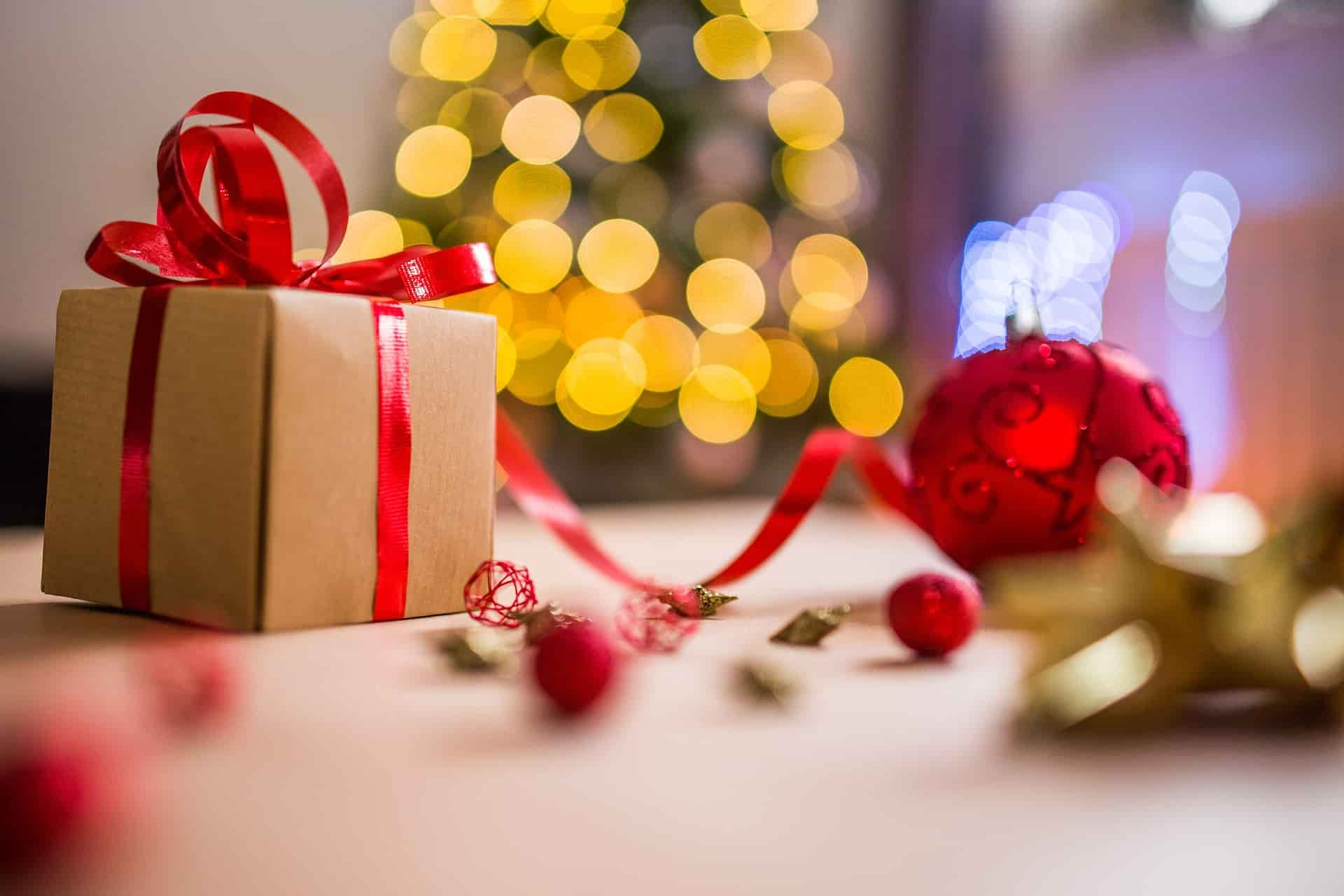 9 Christmas Gifts for Digital Nomads for Guaranteed Happiness ...